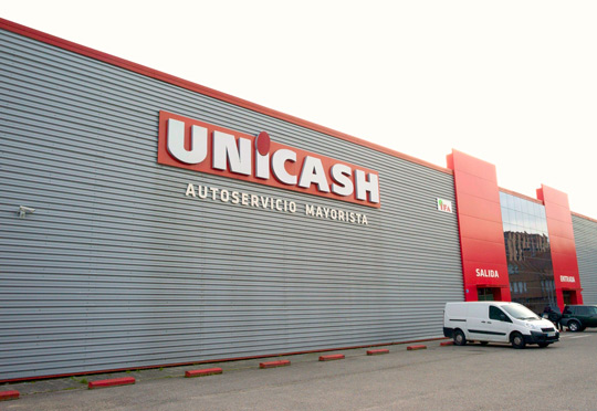 Fachada Unicash cash and carry